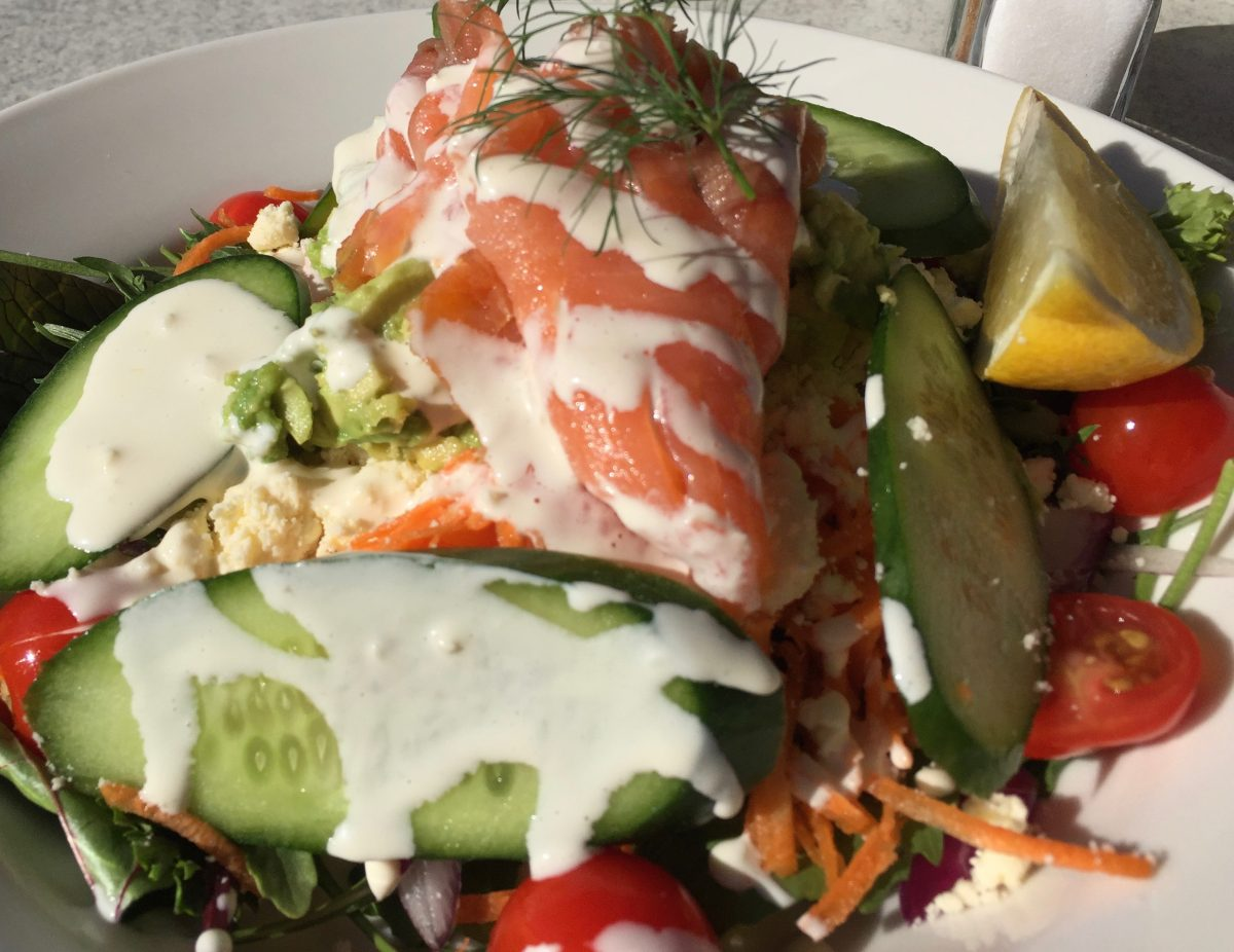 Smoked /salmon and Goats cheese Salad by cooking meals for one